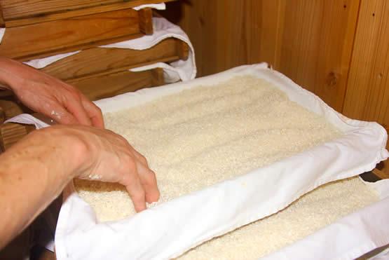 白味噌の作り方、製造のこだわりの米麹