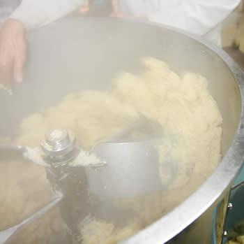 仕込み、白味噌(西京味噌)の作り方、手順